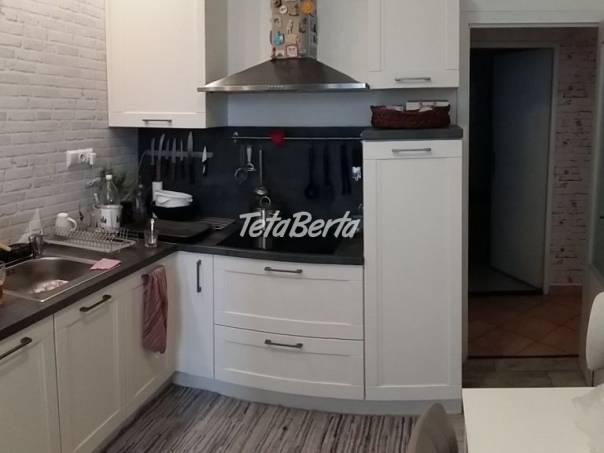 Predaj - rekonštruovaný 4 izbový byt Bučinová ul. Vrakuňa, foto 1 Reality, Byty | Tetaberta.sk - bazár, inzercia zadarmo
