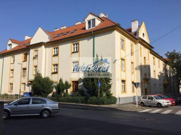 Ponúkame na predaj 1 - izbový tehlový byt, ul. Osadná, Nové Mesto, Bratislava III, foto 1 Reality, Byty | Tetaberta.sk - bazár, inzercia zadarmo