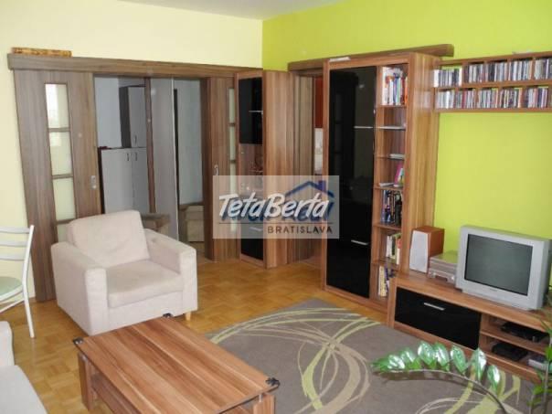 Ponúkame na predaj 3 - izbový byt ul. Kapicova, Petržalka - Dvory, Bratislava V. Kompletná kvalitná rekonštrukcia,, foto 1 Reality, Byty | Tetaberta.sk - bazár, inzercia zadarmo