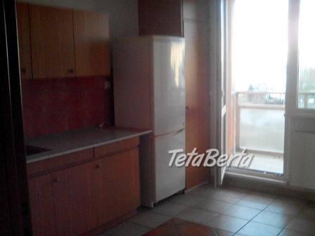 Pekný 3-izbový byt s lodžiou v Sásovej, foto 1 Reality, Byty | Tetaberta.sk - bazár, inzercia zadarmo