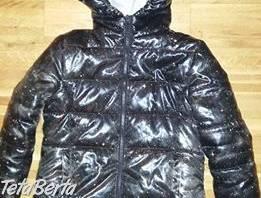 Ako nová moderná dievčenská lesklá bunda zn.Original Marines, v.134, posiata bielymi paprskami,  bez známok nosenia  , Pre deti, Detské oblečenie  | Tetaberta.sk - bazár, inzercia zadarmo