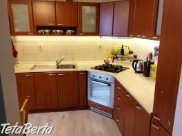 Predáme zrekonštruovaný 3-izbový byt  v lokalite Bratislava, Devínska Nová Ves, ulica Milana Marečka.  , Reality, Byty  | Tetaberta.sk - bazár, inzercia zadarmo