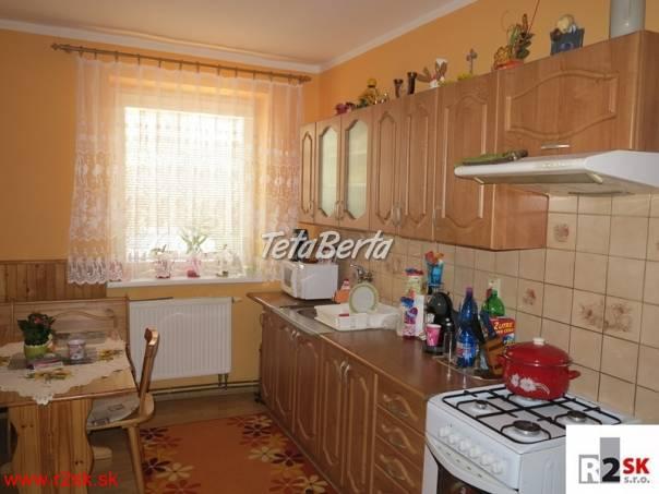 Predáme prízemný 4 izbový byt, Rajec, R2 SK. , foto 1 Reality, Byty | Tetaberta.sk - bazár, inzercia zadarmo