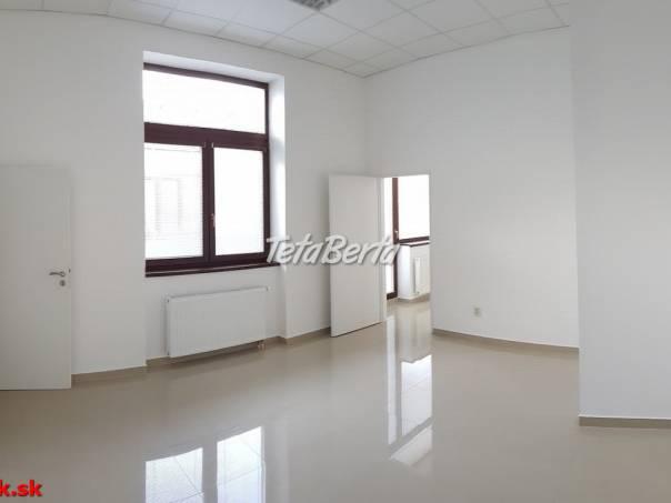 Prenajmeme kanceláriu  s terasou, 53 m², Bytča, R2 SK., foto 1 Reality, Kancelárie a obch. priestory   Tetaberta.sk - bazár, inzercia zadarmo