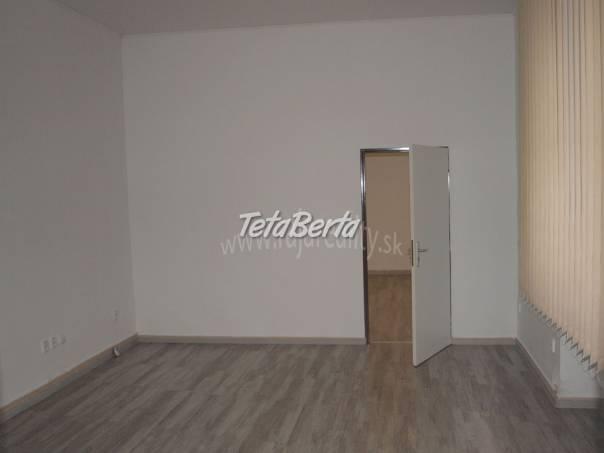 Priestor na kanceláriu - obchod, foto 1 Reality, Kancelárie a obch. priestory | Tetaberta.sk - bazár, inzercia zadarmo