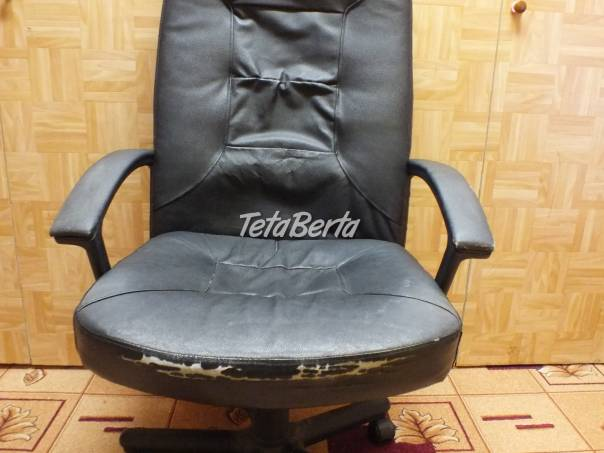 Predám koženú stoličku čiernu., foto 1 Dom a záhrada, Stoly, pulty a stoličky | Tetaberta.sk - bazár, inzercia zadarmo