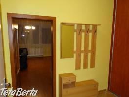 Prenajom veľkého 1-izbového bytu 37 m2 v novostavbe KOLOSEO na ul.Tomášikova  - kompletne zariadený, voľný ihneď. , Reality, Byty  | Tetaberta.sk - bazár, inzercia zadarmo
