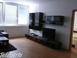 Prenajom kompletne zariadeného 2 izbového bytu v Bratislave, Nove Mesto - Koloseo, Ulica Tomasikova
