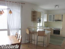 Prenajom moderne rieseného, priestranného, zariadeného 2-izbového bytu v novostavbe na Rusovskej ceste na z