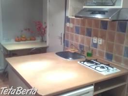 Zrekonštruovaný 1i byt v BB, Ružová ulica , Reality, Byty  | Tetaberta.sk - bazár, inzercia zadarmo