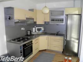 Zrekonštruovaný a zariadený 2-izbový byt v Širšom centre si HĽADÁ svojho nového NÁJOMNÍKA