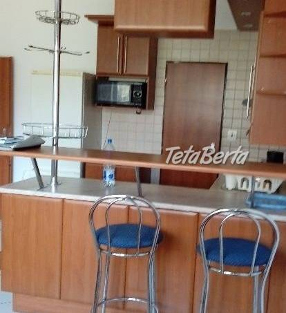 Prenájom 2-izb.bytu v novostavbe,  Gercenova ulica,(8 ročná) na zvýšenom prízemí .  Rozloha bytu je 51 m2(obývačka a kuchyňa v , foto 1 Reality, Byty | Tetaberta.sk - bazár, inzercia zadarmo