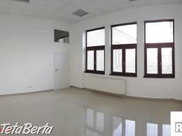 Prenajmeme kanceláriu o výmere 25 m², Bytča, R2 SK.  , Reality, Kancelárie a obch. priestory  | Tetaberta.sk - bazár, inzercia zadarmo