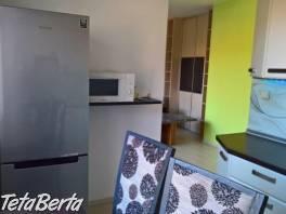 Prenajom 2-izbového bytu plne zariadeny na Halkovej ulici, 56m2 na 1-poschodi bez vytahu