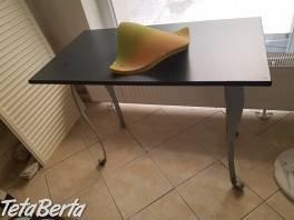 Kovový stolík na predaj , Dom a záhrada, Stoly, pulty a stoličky  | Tetaberta.sk - bazár, inzercia zadarmo