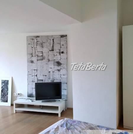 Ponúkame na predaj 2 - izbový (1,5-izb) byt ul. Židovská, Staré mesto - centrum, Bratislava I. Kompletná rekonštrukcia, foto 1 Reality, Byty | Tetaberta.sk - bazár, inzercia zadarmo
