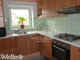 PRENÁJOM: veľký,4 izb byt v rodinnom dome, Gaštanová ulica,Bratislava I,výmera 120 m2, zariadený.