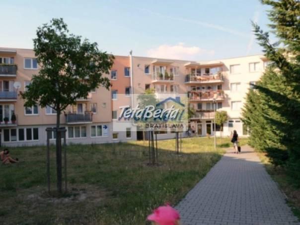 Ponúkame na predaj 2 - izbový zariadený byt s balkónom, novostavba (2004), ul. Ľudovíta Fullu, Karlova Ves, Bratislava IV. , foto 1 Reality, Byty | Tetaberta.sk - bazár, inzercia zadarmo