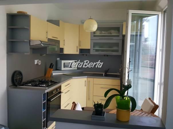 PREDANÉ - Vkusne zrekonštruovaný 2-izbový byt vo vyhľadávanej lokalite na ul. B. Němcovej, foto 1 Reality, Byty   Tetaberta.sk - bazár, inzercia zadarmo
