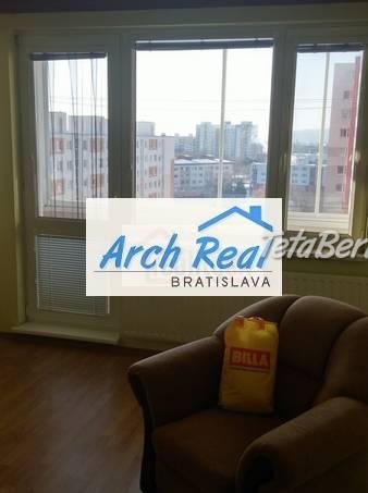 Ponúkame na predaj 3 - izbový byt ul. Holíčska, Petržalka, Bratislava V. Čiastočná rekonštrukcia. , foto 1 Reality, Byty | Tetaberta.sk - bazár, inzercia zadarmo