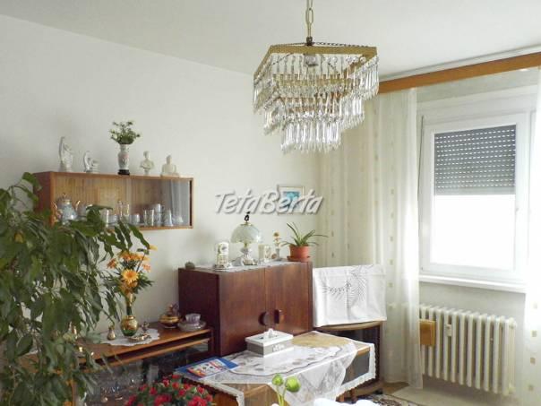V Dúbravke na Nejedlého ul. predám 1-i. byt 35 m² na 7. posc, foto 1 Reality, Byty | Tetaberta.sk - bazár, inzercia zadarmo