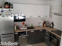 Prenajmem LUXUSNÝ klimatizovaný 1-izb. byt s veľkou terasou v Bratislave , Reality, Byty  | Tetaberta.sk - bazár, inzercia zadarmo
