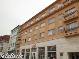 Ponúkame na predaj administratívnu budovu v Prešove na Jarkovej ulici.
