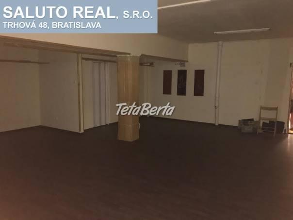 Ponúkame priestor v obchodnom centre v Dúbravke, foto 1 Reality, Kancelárie a obch. priestory | Tetaberta.sk - bazár, inzercia zadarmo