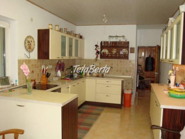 Lukratívny RD v Bystrej s 3 bytovými jednotkami, foto 1 Reality, Domy | Tetaberta.sk - bazár, inzercia zadarmo